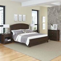 Crescent Hill Bed, Two Night Stands, & Chest by Home Styles