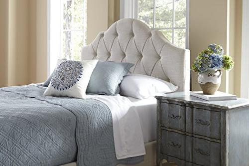 Pulaski Upholstery Saddle Bed, Queen