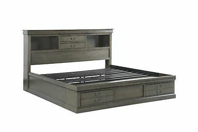 Queen Platform Wood Beds With 6 Gray Space