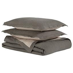 Rivet Modern Stone Washed Textured Geo Coverlet Full/Queen S